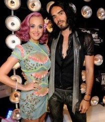 russell-brand-katy-perry-divorced-devil-258x300