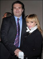 brittany-murphy-and-Simon-Monjack-celebrities-who-died-young-28937502-280-380